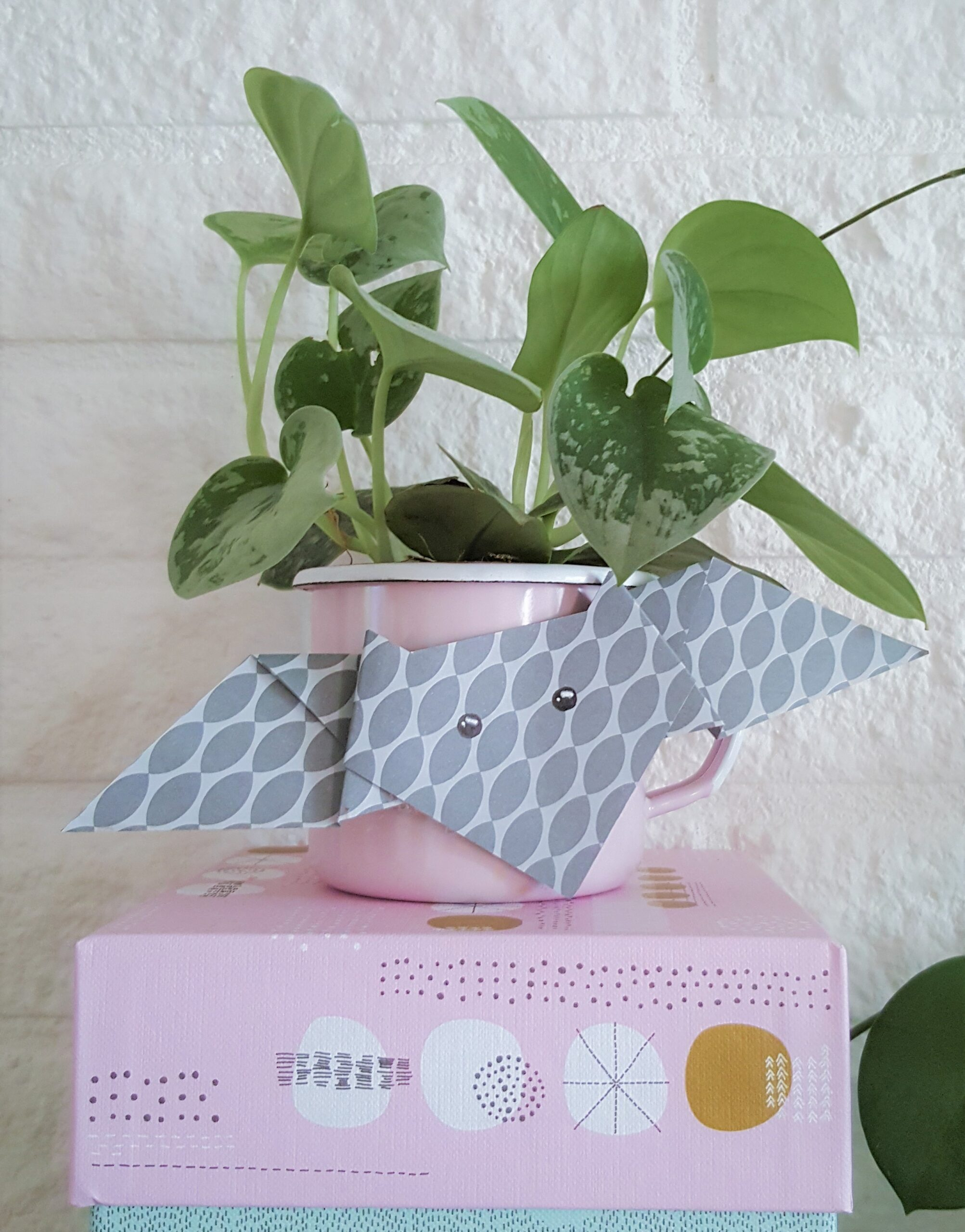 DIY //  Kleurige Origami Vleermuizen