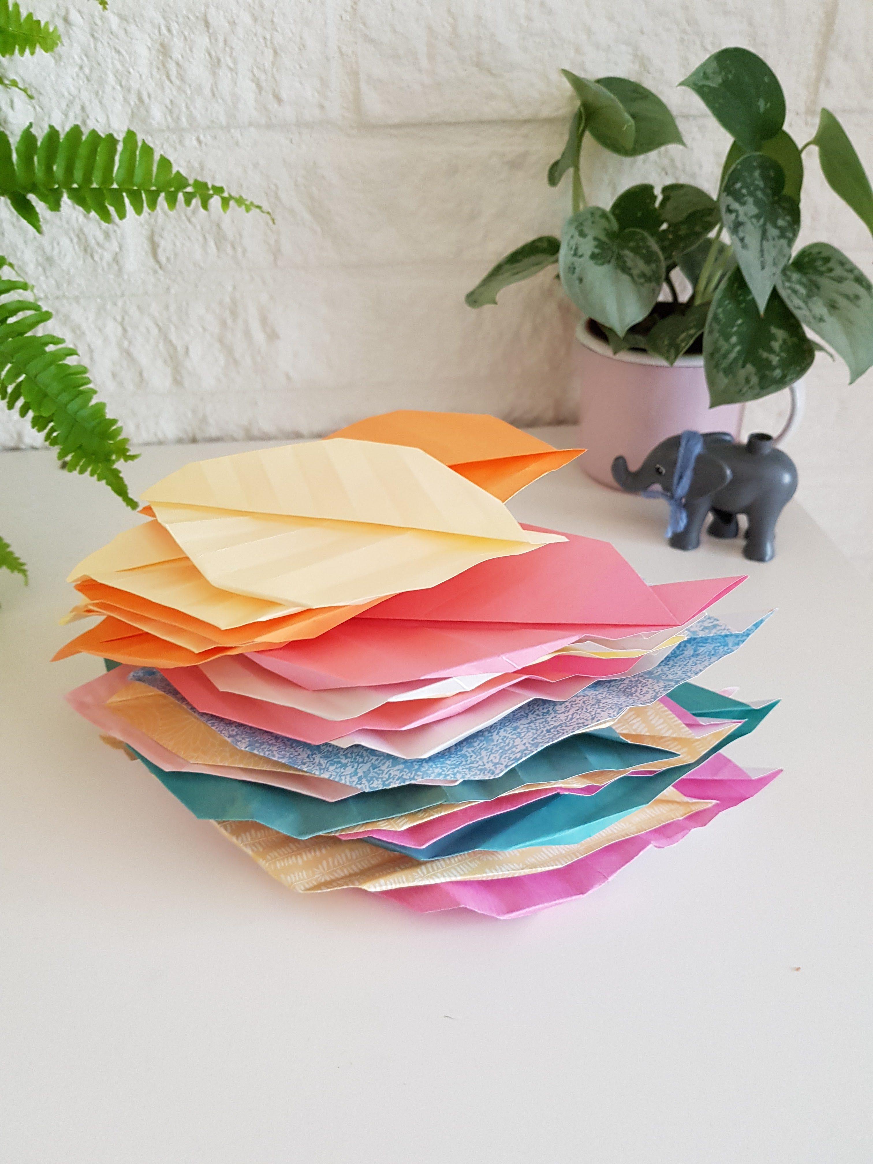 DIY // Wandhanger met Origami Bladeren